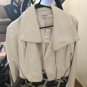 Bebe white faux leather biker jacket ! XS